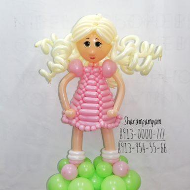 Фигура Девочка в розовом платьице